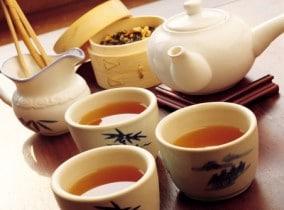 Какой напиток пить в сауне? Чай и другие напитки для сауны и бани